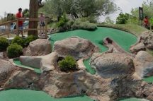 Jolly Roger's Jungle Golf