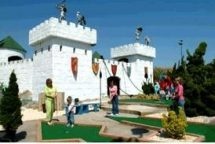 Old Pro Golf - RENAISSANCE CASTLE MINI GOLF