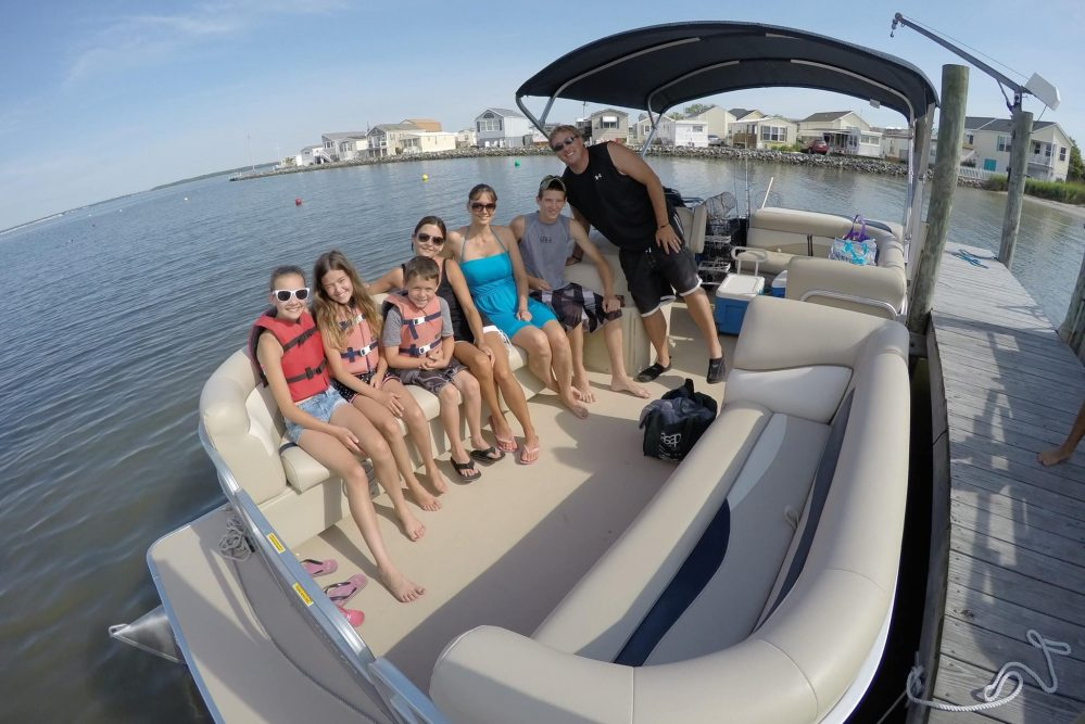$20 OFF Pontoon Boat Rental