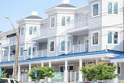 Blue Surf Apartments