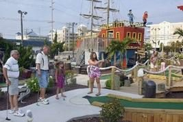 Old Pro Golf - CARIBBEAN PIRATES MINI GOLF