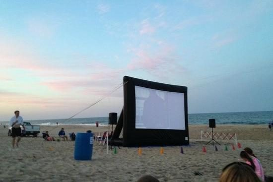 Movies on the Beach at 118th Street
