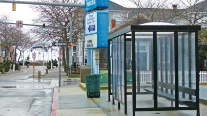 Despite competition, Somerset bus stop garners business support