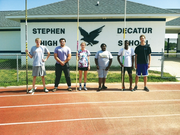 Seven Stephen Decatur track athletes to compete in state meet
