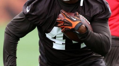 Cleveland Browns' Ben Tate to host football camp, Sat.