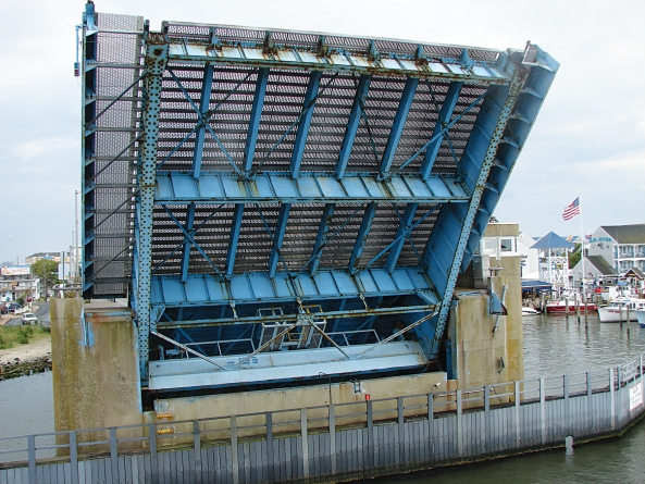 City finds little wrong in bridge freeze procedures