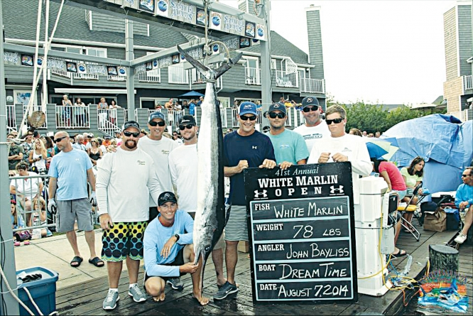 Bayliss reels in top marlin, $1.29 million