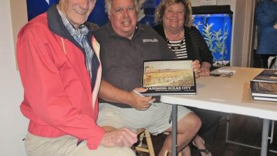 'Vanishing Ocean City' book draws crowd to signing