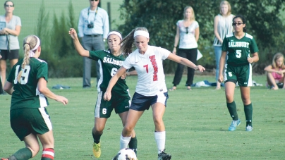 Worcester Prep girls' soccer edge out Salisbury, 2-1