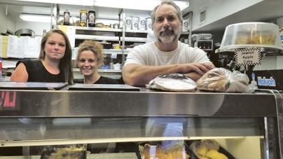 Ten establishments take part in 'Restaurants for Reading'