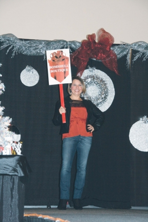 Annual Holiday Wrappings event to benefit ACS