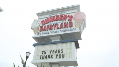 Dumser's scoops 75 years of ice cream in resort
