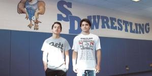 Two Decatur wrestlers state bound