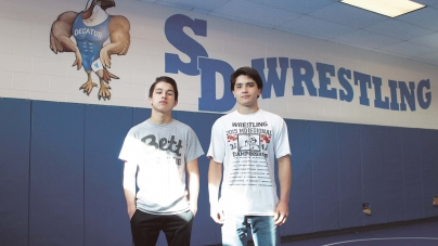Two Decatur wrestlers state bound
