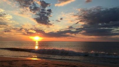 Sunrises Over Ocean City (10 photos)