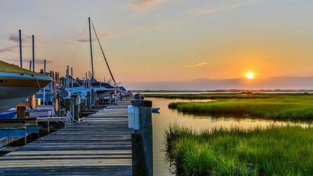 Ocean City Restaurants Accessible by Boat