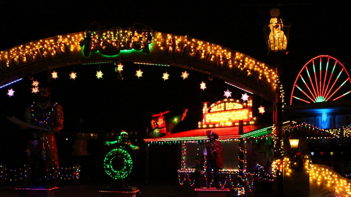 Jolly Roger christmas lights