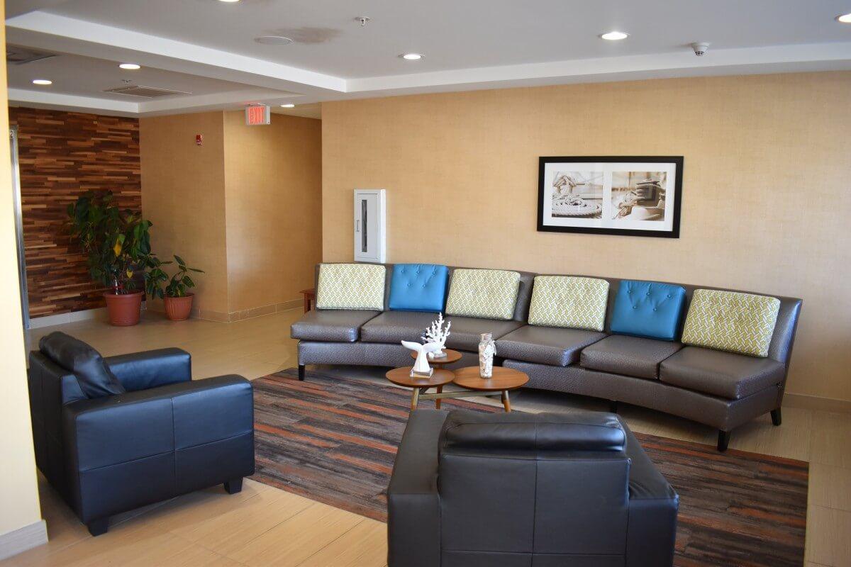 Gateway Hotel lobby