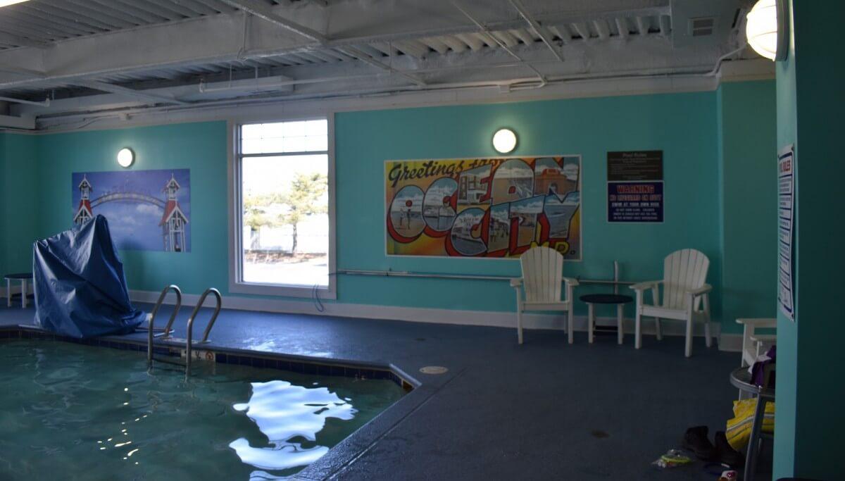 Commander indoor pool