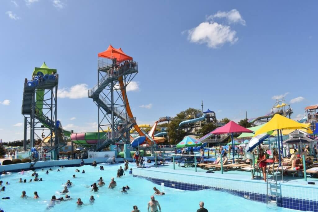 Jolly Roger wave pool