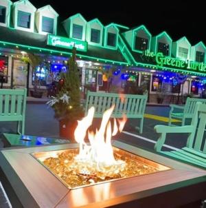 Four Great Christmas Eve Restaurant Menus